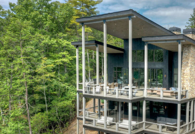 Bombshell Trail Lodge